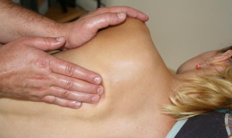 masaje espalda fisio